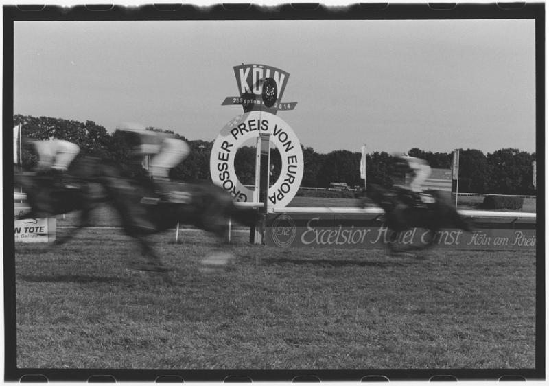serie pferderennbahn foto 5
